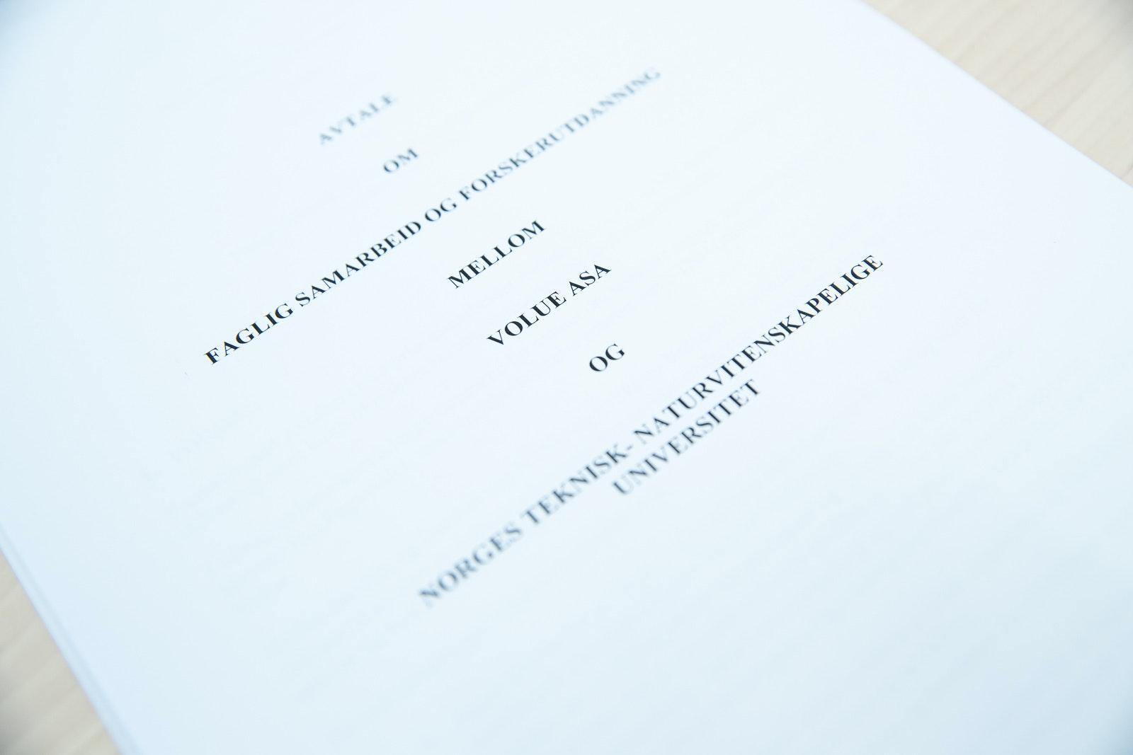 Avtalen som utvider samarbeidet mellom NTNU og Volue.